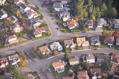 """Google's """"Project Sunroof"""" Promotes Solar-Powered Living"""